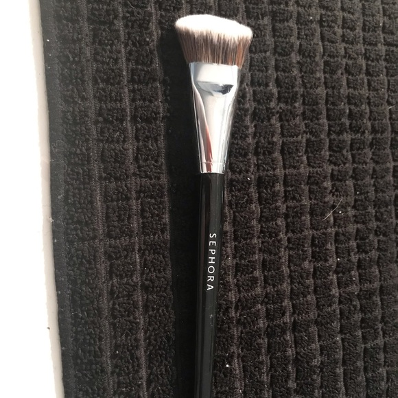 Sephora Other - Sephora pro foundation angled brush